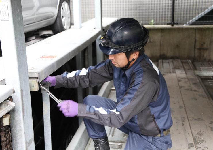 機械式駐車場の点検業務